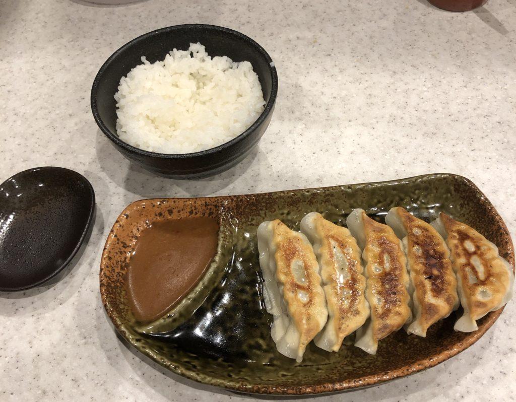 田所商店の餃子セット